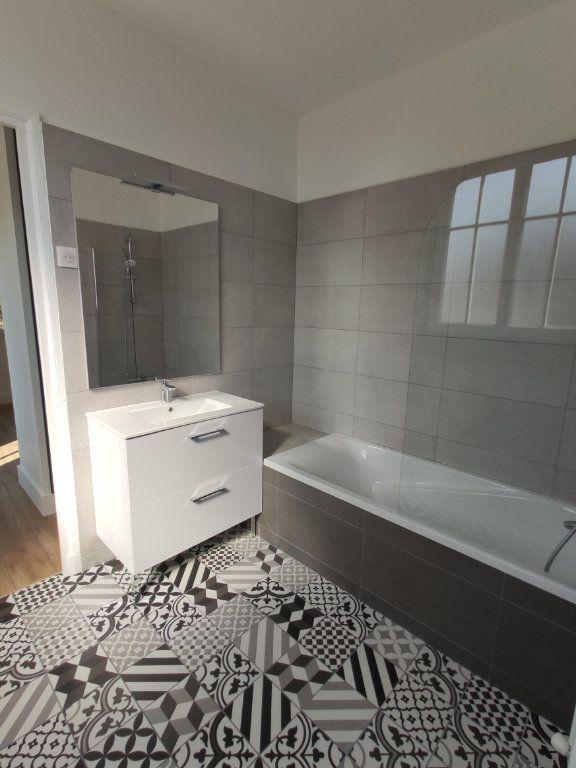 Appartement à louer 3 79.98m2 à Dourdan vignette-3