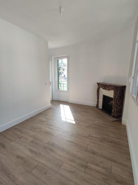 Appartement à louer 3 79.98m2 à Dourdan vignette-5