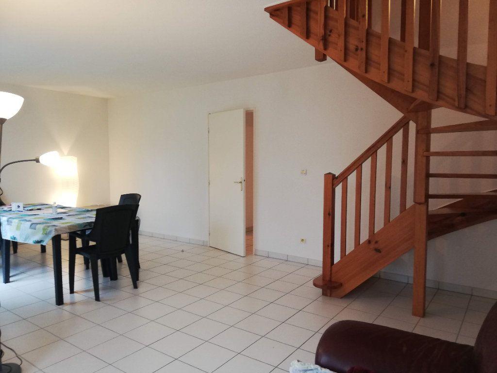 Maison à louer 4 88m2 à Poitiers vignette-2