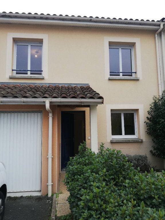 Maison à louer 4 88m2 à Poitiers vignette-5
