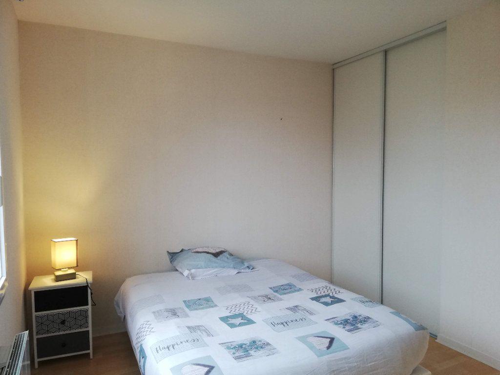 Maison à louer 4 88m2 à Poitiers vignette-8
