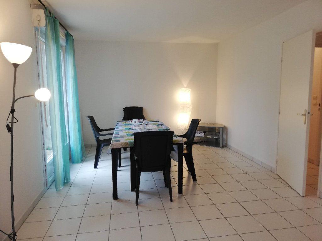 Maison à louer 4 88m2 à Poitiers vignette-11