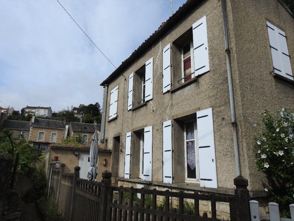 Maison à vendre 4 57m2 à Poitiers vignette-1