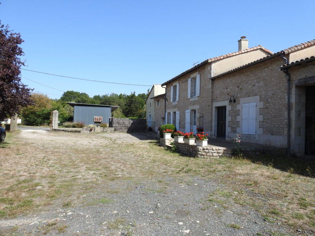 Maison à vendre 4 154m2 à Mignaloux-Beauvoir vignette-3