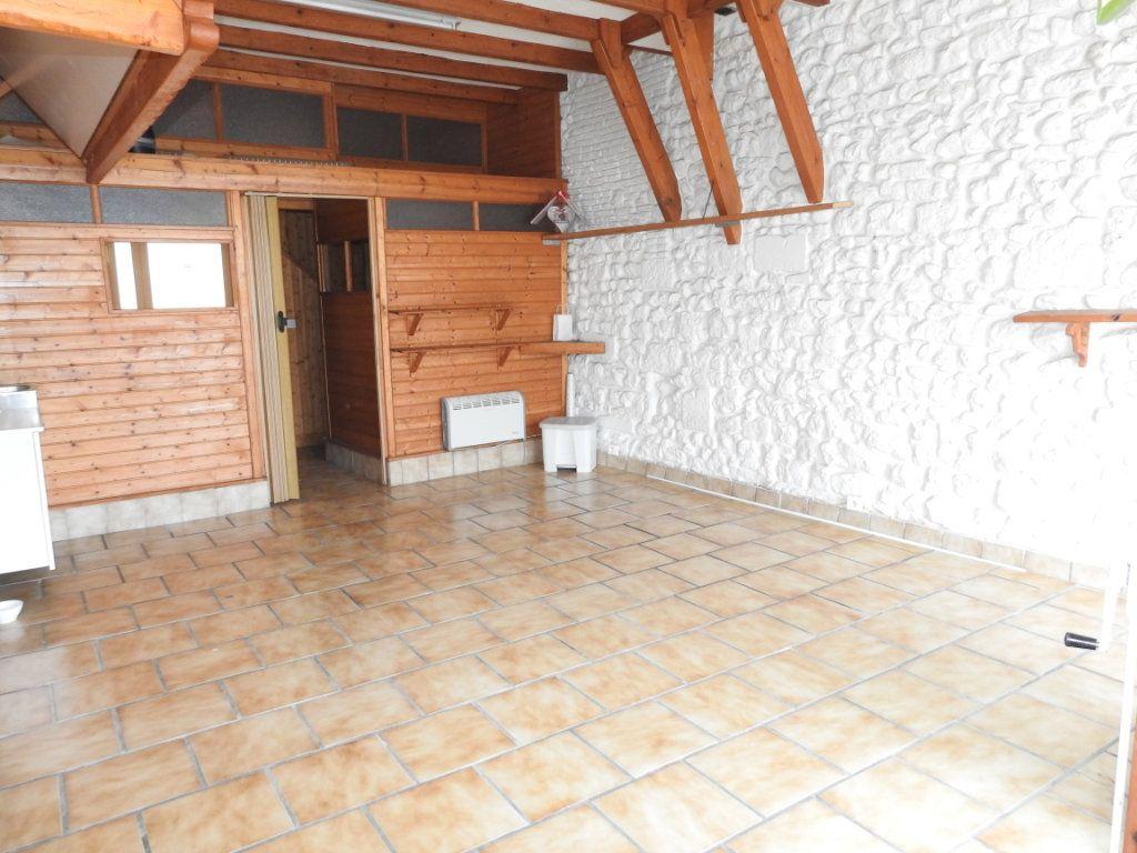 Maison à vendre 3 103m2 à Lhommaizé vignette-5