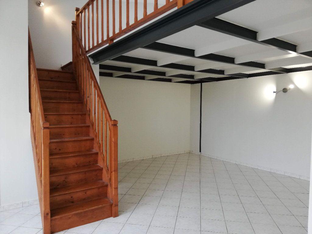 Maison à louer 2 55m2 à Poitiers vignette-2