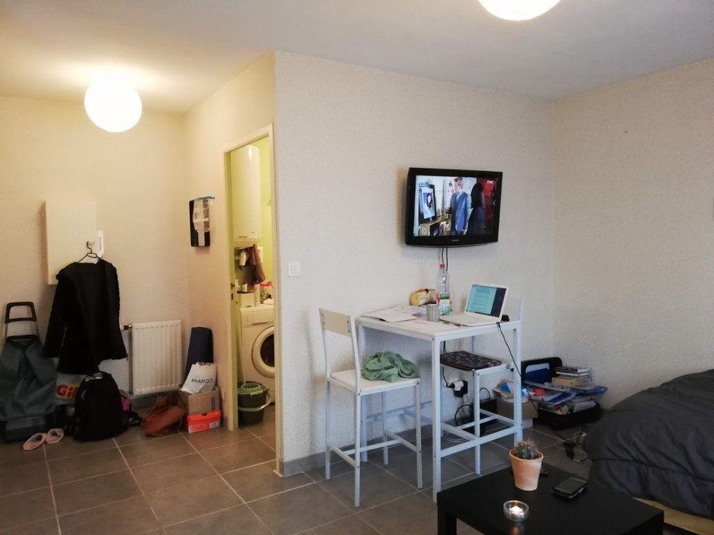 Appartement à louer 1 22m2 à Poitiers vignette-3