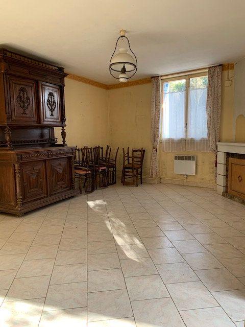 Maison à vendre 5 110m2 à Iteuil vignette-9