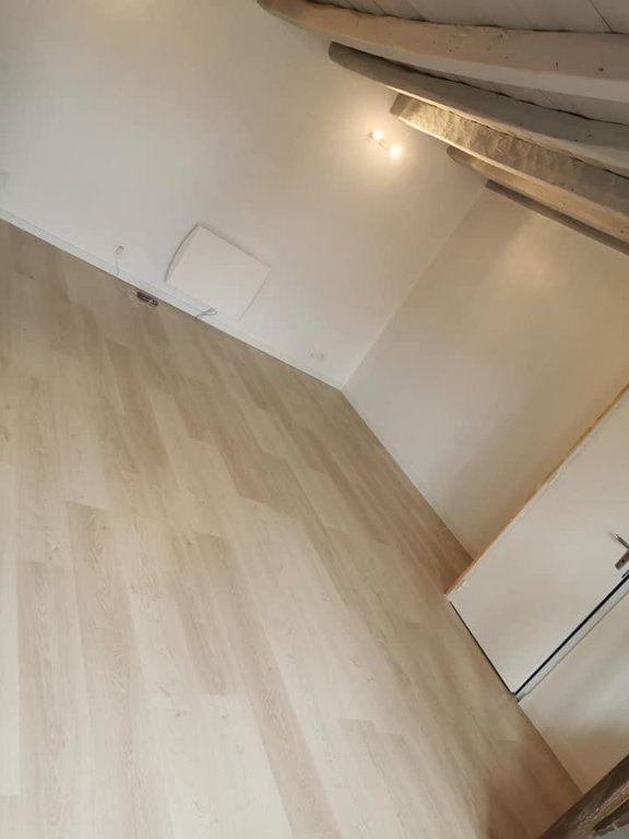 Appartement à louer 4 80m2 à Vendeuvre-du-Poitou vignette-2