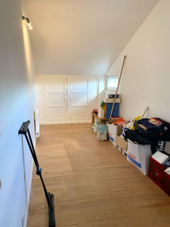 Appartement à louer 4 80m2 à Vendeuvre-du-Poitou vignette-8