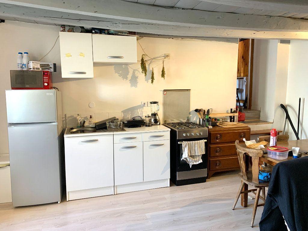 Appartement à louer 4 80m2 à Vendeuvre-du-Poitou vignette-10