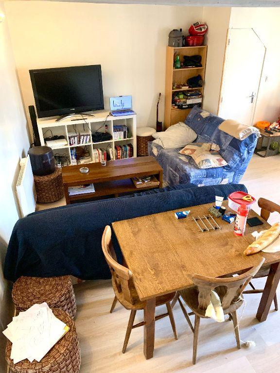 Appartement à louer 4 80m2 à Vendeuvre-du-Poitou vignette-11
