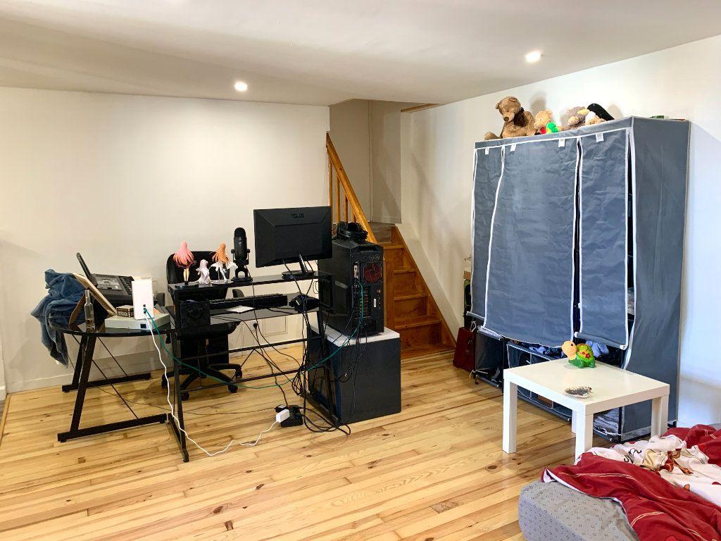 Appartement à louer 4 80m2 à Vendeuvre-du-Poitou vignette-12