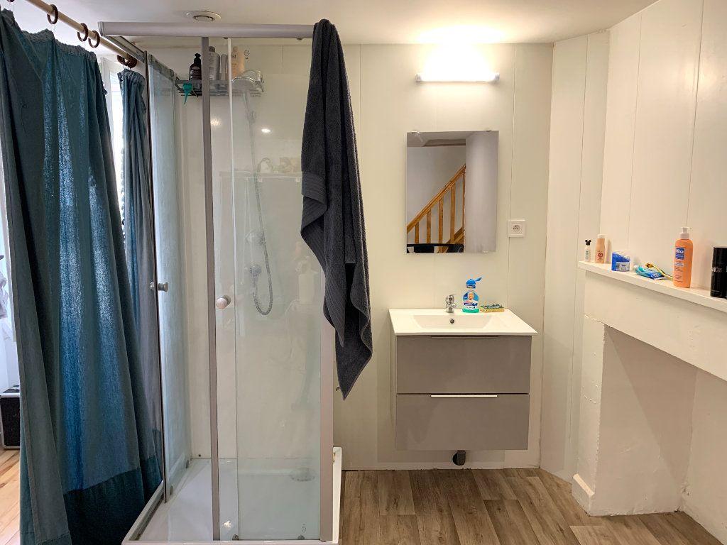Appartement à louer 4 80m2 à Vendeuvre-du-Poitou vignette-13