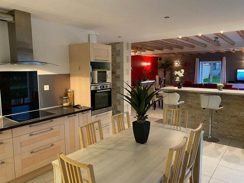 Maison à vendre 6 186m2 à Charrais vignette-3