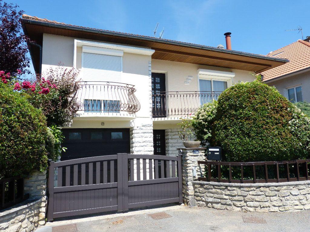 Maison à vendre 7 160m2 à Poitiers vignette-11