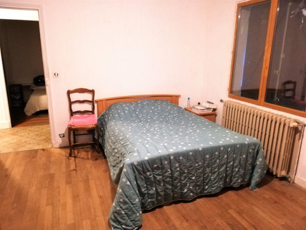Maison à vendre 4 220m2 à Poitiers vignette-5