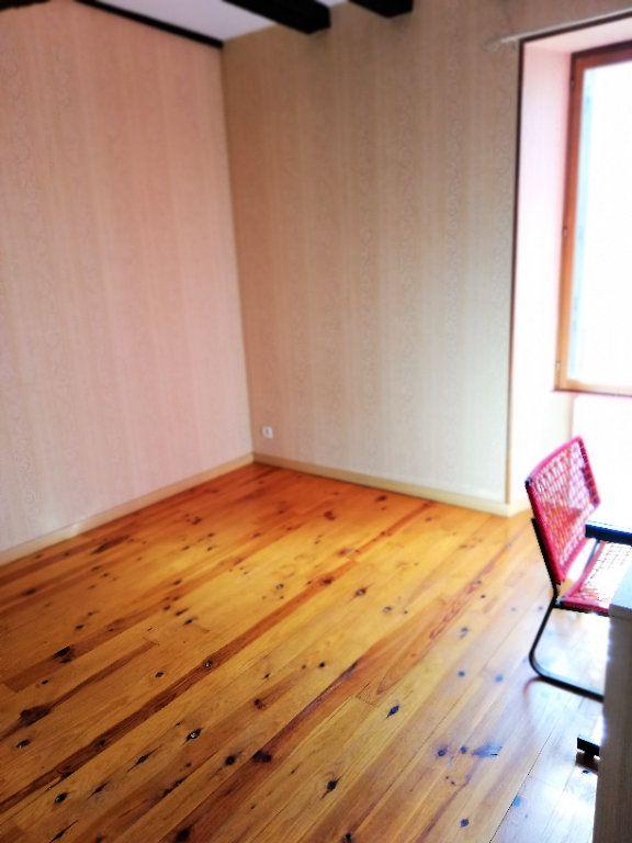 Maison à vendre 4 102m2 à Lusignan vignette-6