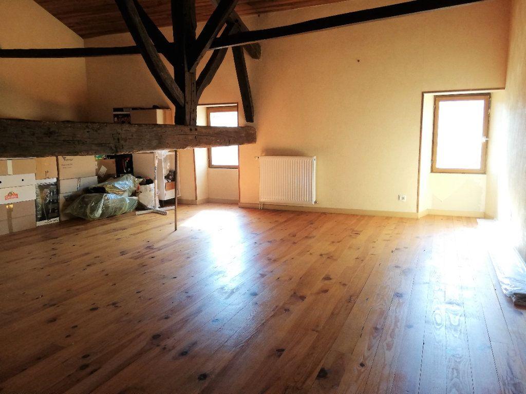 Maison à vendre 4 102m2 à Lusignan vignette-8