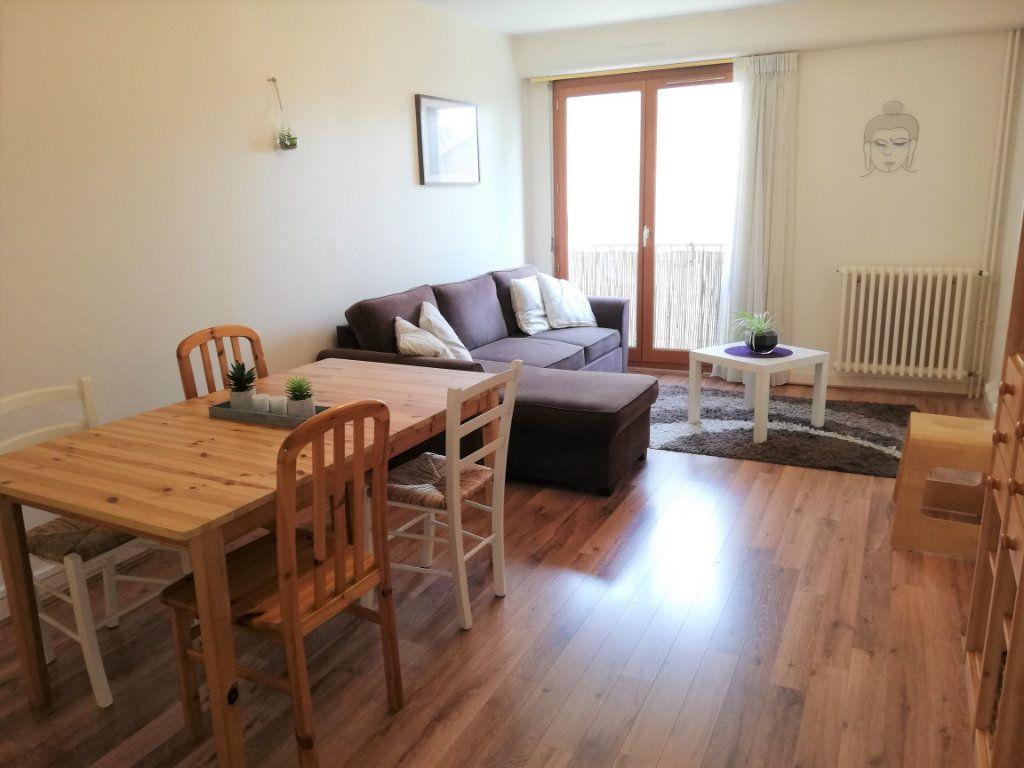 Appartement à vendre 3 76.4m2 à Poitiers vignette-6