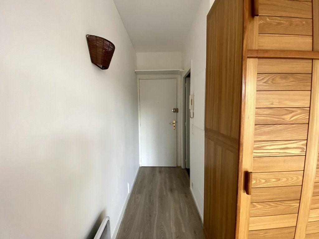 Appartement à louer 1 18.82m2 à Toulouse vignette-5