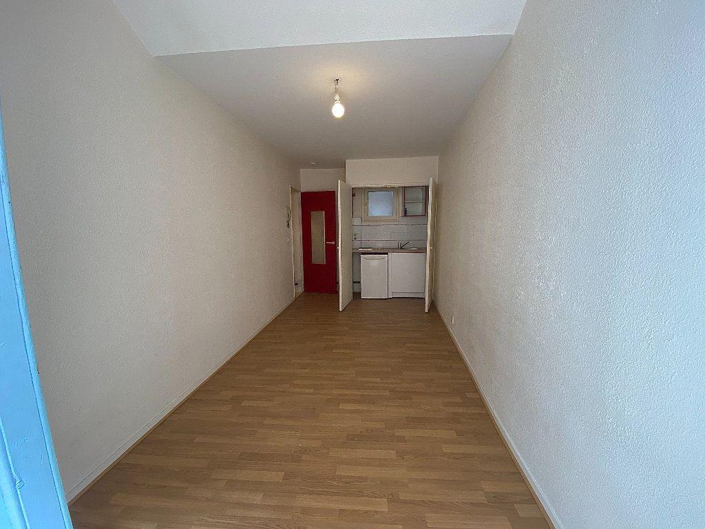 Appartement à louer 1 18.75m2 à Toulouse vignette-3
