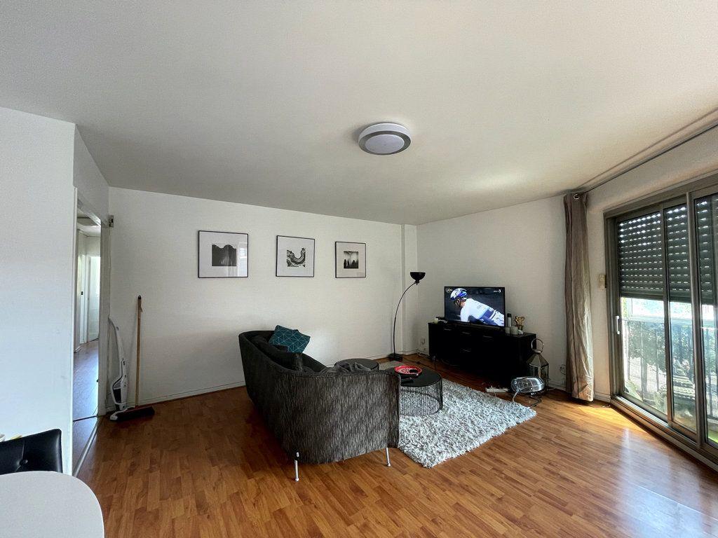 Appartement à louer 3 71.27m2 à Toulouse vignette-3