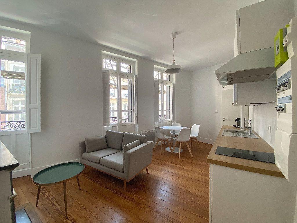 Appartement à louer 2 30.36m2 à Toulouse vignette-1