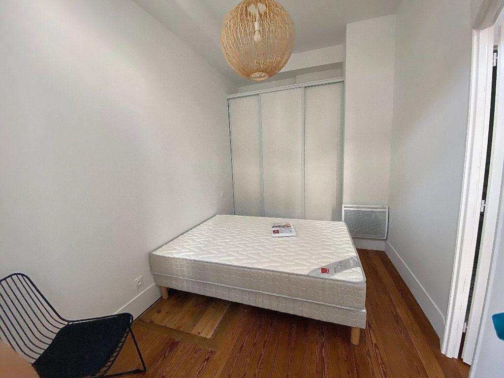 Appartement à louer 2 30.36m2 à Toulouse vignette-4