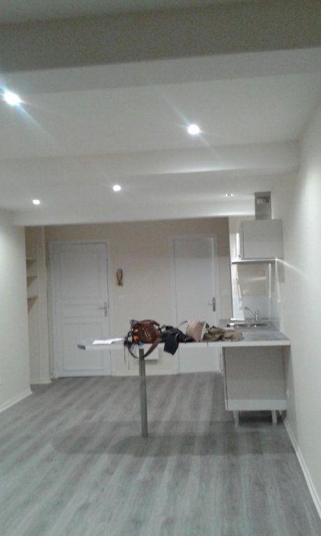 Appartement à louer 1 31.44m2 à Toulouse vignette-2