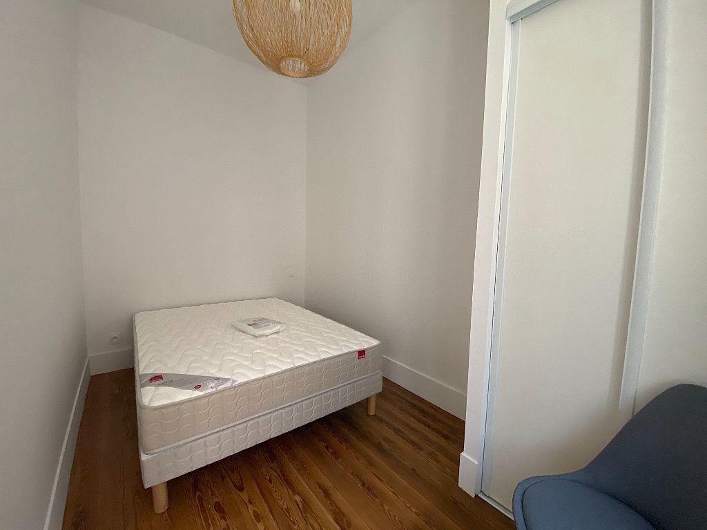 Appartement à louer 2 28.21m2 à Toulouse vignette-3