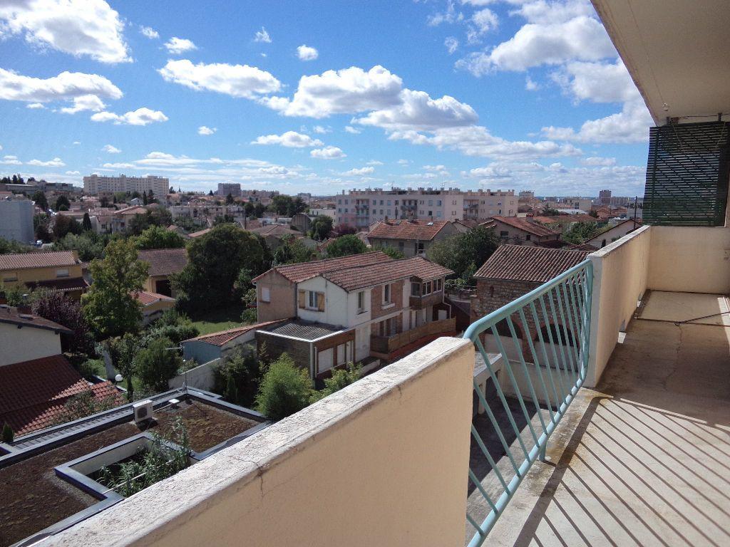 Appartement à louer 3 61.56m2 à Toulouse vignette-6