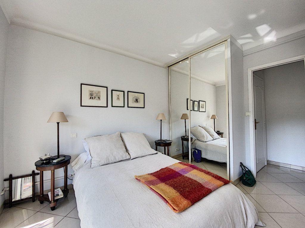Appartement à vendre 2 48m2 à Cannes vignette-16