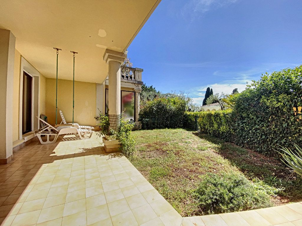 Appartement à vendre 4 118m2 à Cannes vignette-13