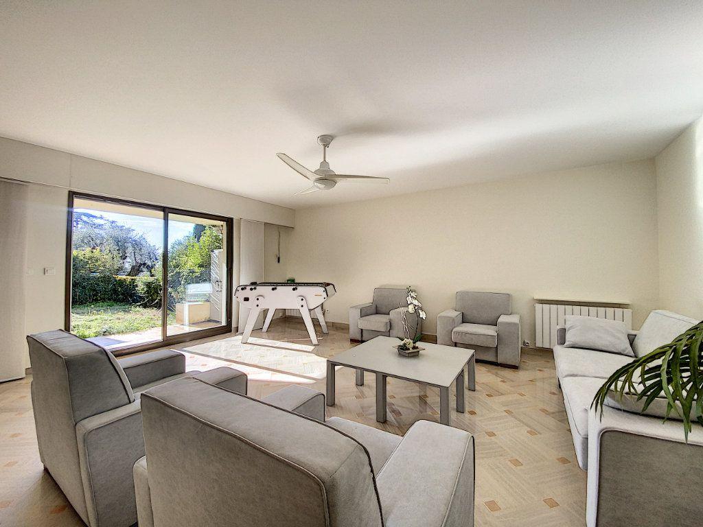Appartement à vendre 4 118m2 à Cannes vignette-14