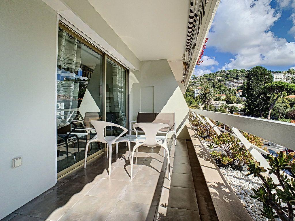 Appartement à vendre 2 54m2 à Cannes vignette-11