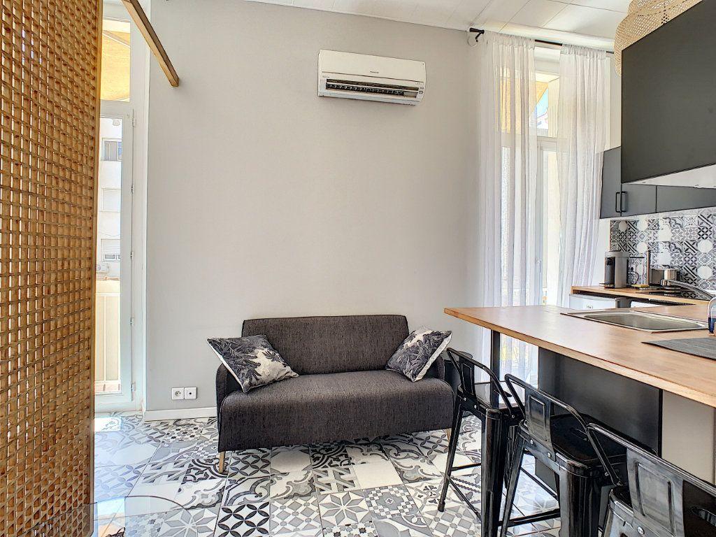 Appartement à vendre 1 20.76m2 à Cannes vignette-1