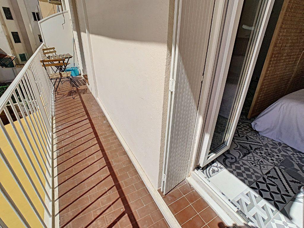 Appartement à vendre 1 20.76m2 à Cannes vignette-13
