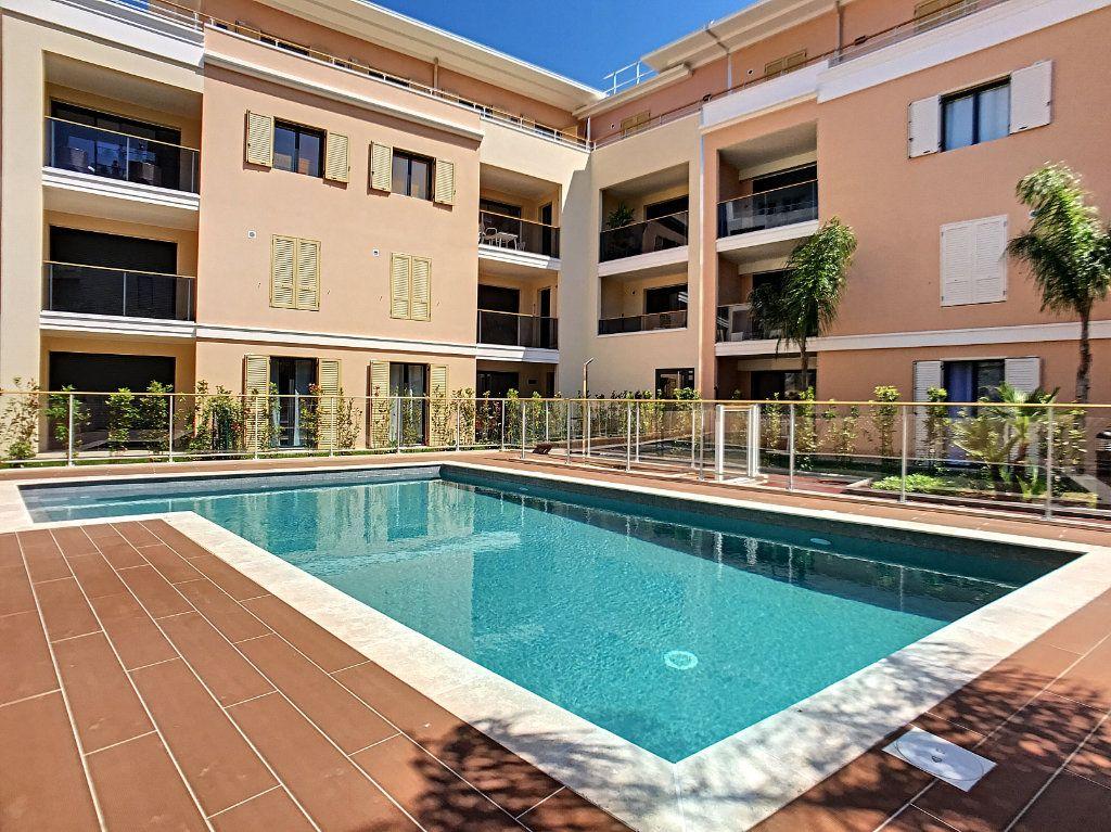 Appartement à vendre 2 42m2 à Cannes vignette-14