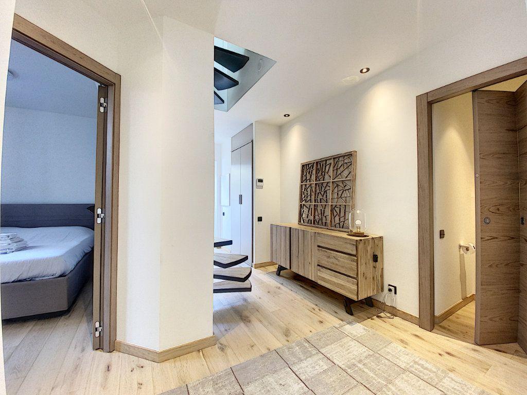 Appartement à vendre 3 60.81m2 à Cannes vignette-10