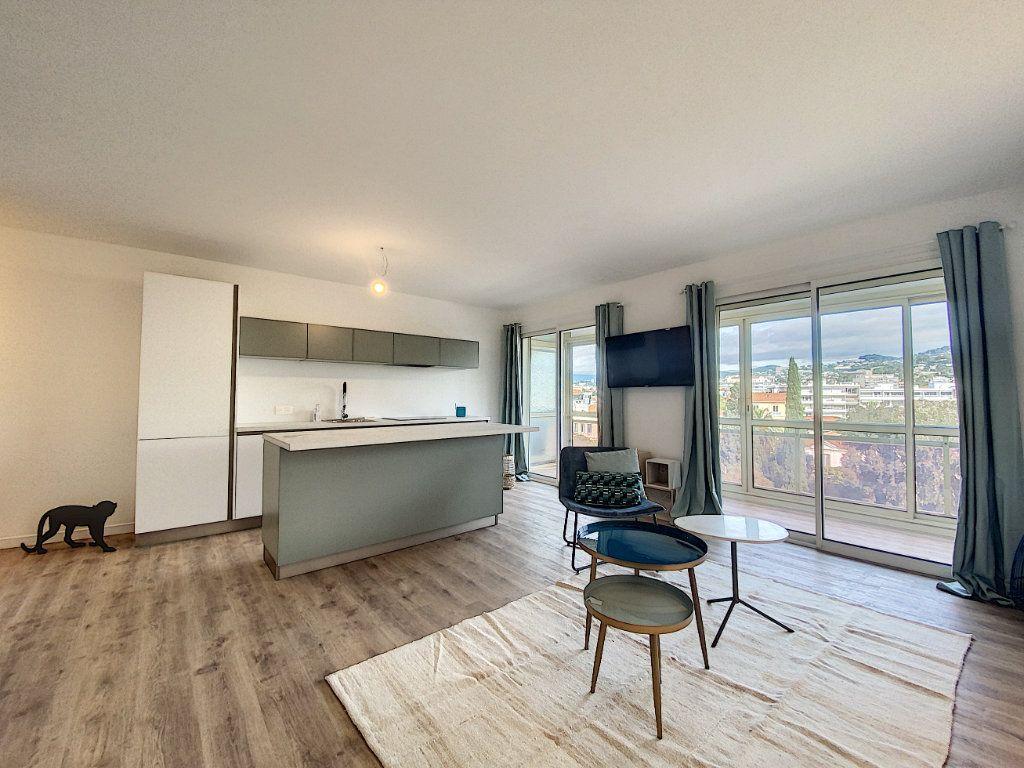 Appartement à vendre 3 63.12m2 à Cannes vignette-4