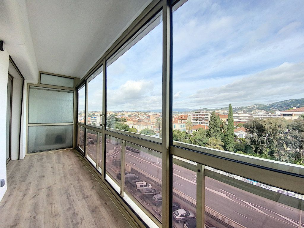 Appartement à vendre 3 63.12m2 à Cannes vignette-15