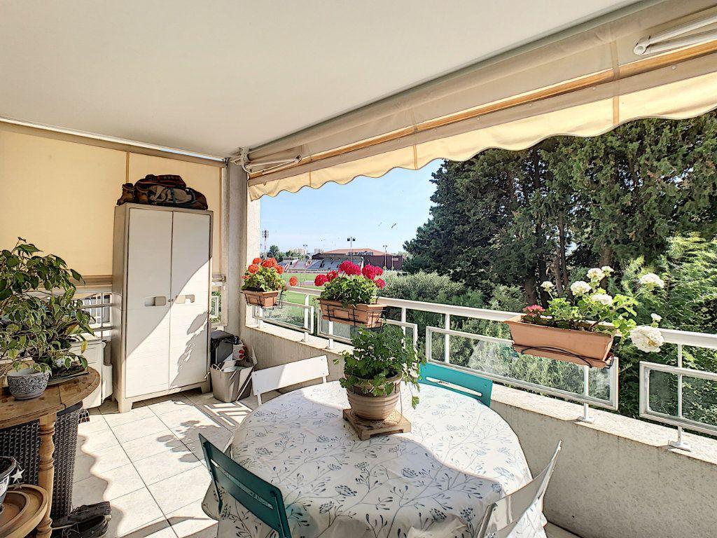 Appartement à vendre 2 45.1m2 à Cannes vignette-6