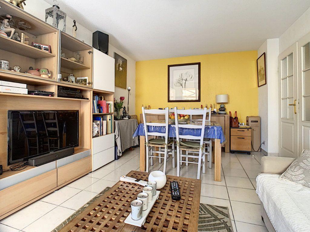 Appartement à vendre 2 45.1m2 à Cannes vignette-7