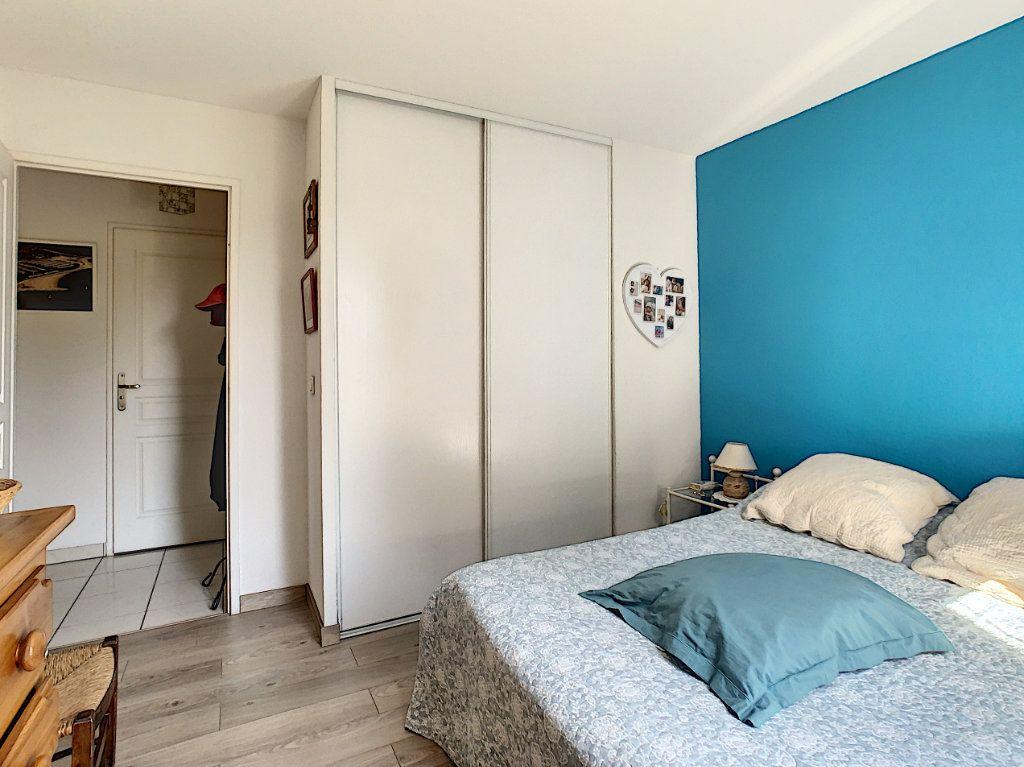 Appartement à vendre 2 45.1m2 à Cannes vignette-9