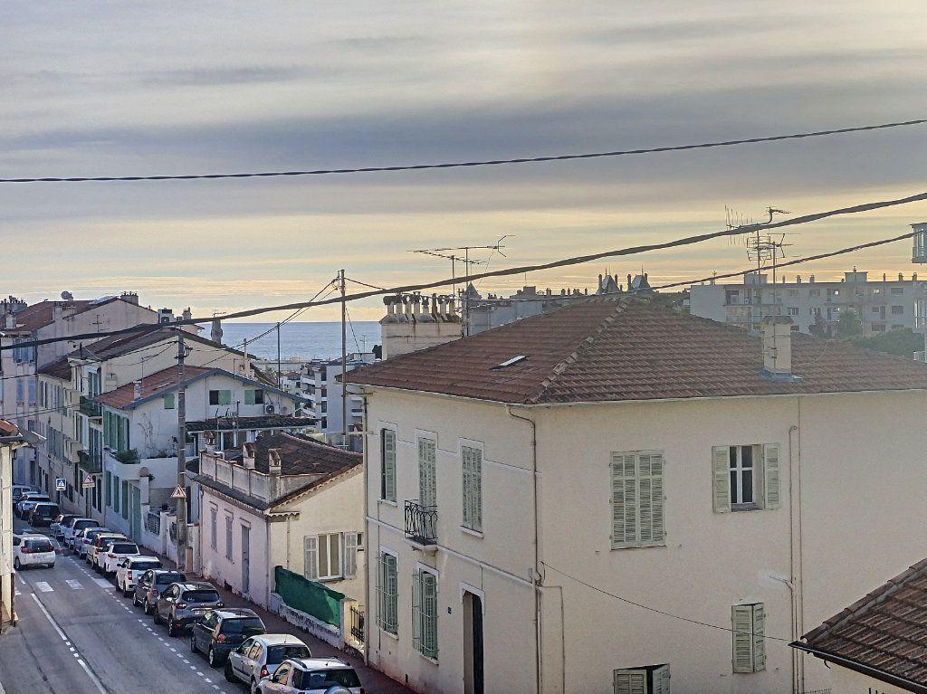 Appartement à vendre 2 44.71m2 à Cannes vignette-1