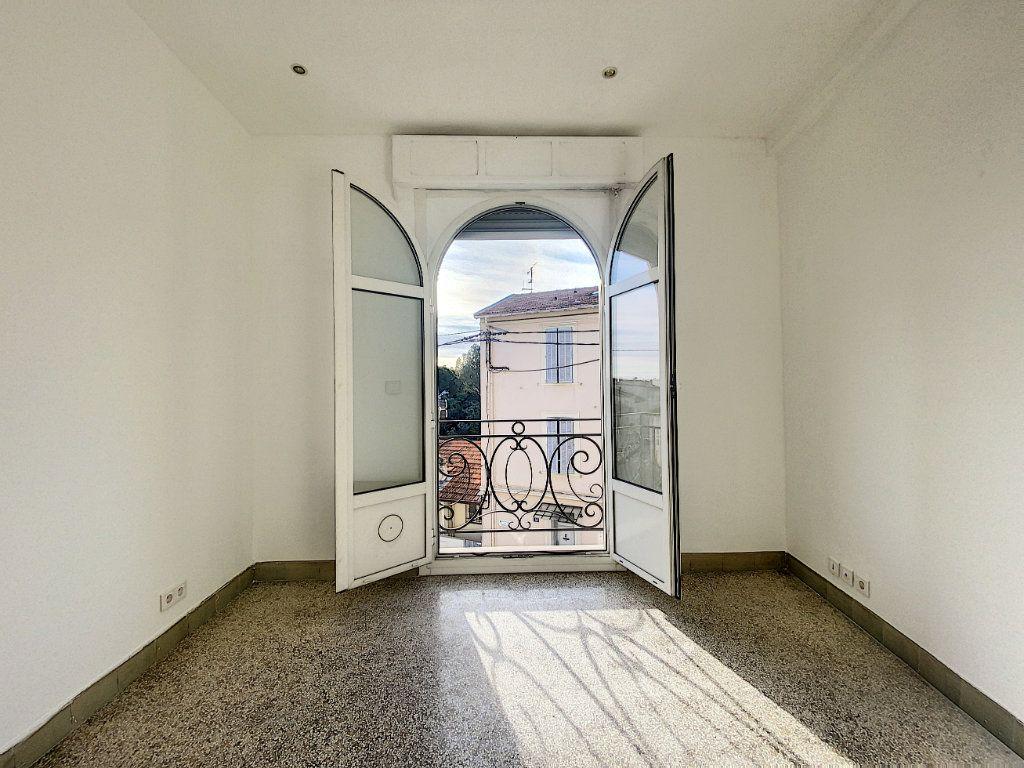 Appartement à vendre 2 44.71m2 à Cannes vignette-3
