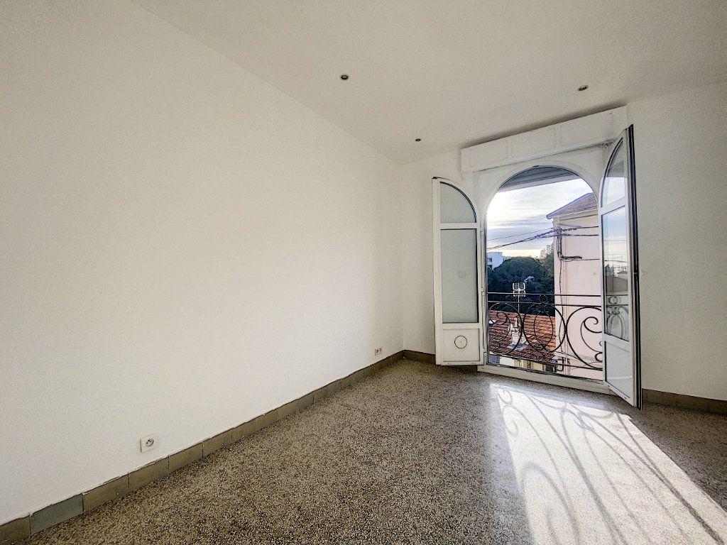 Appartement à vendre 2 44.71m2 à Cannes vignette-4