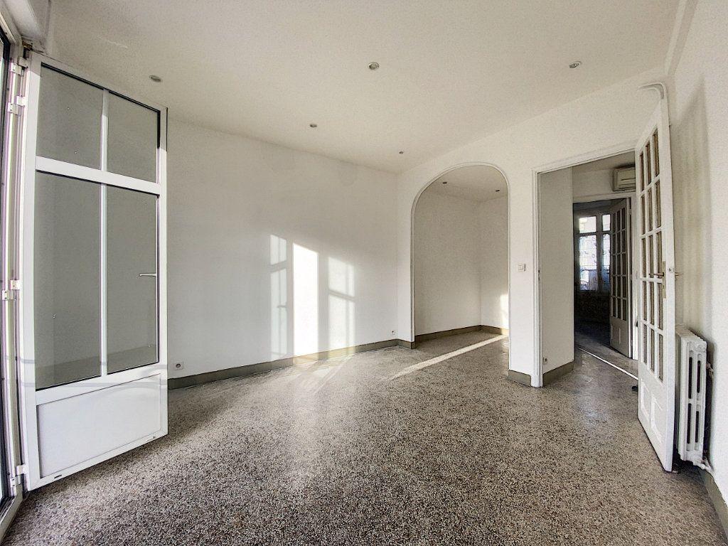 Appartement à vendre 2 44.71m2 à Cannes vignette-5