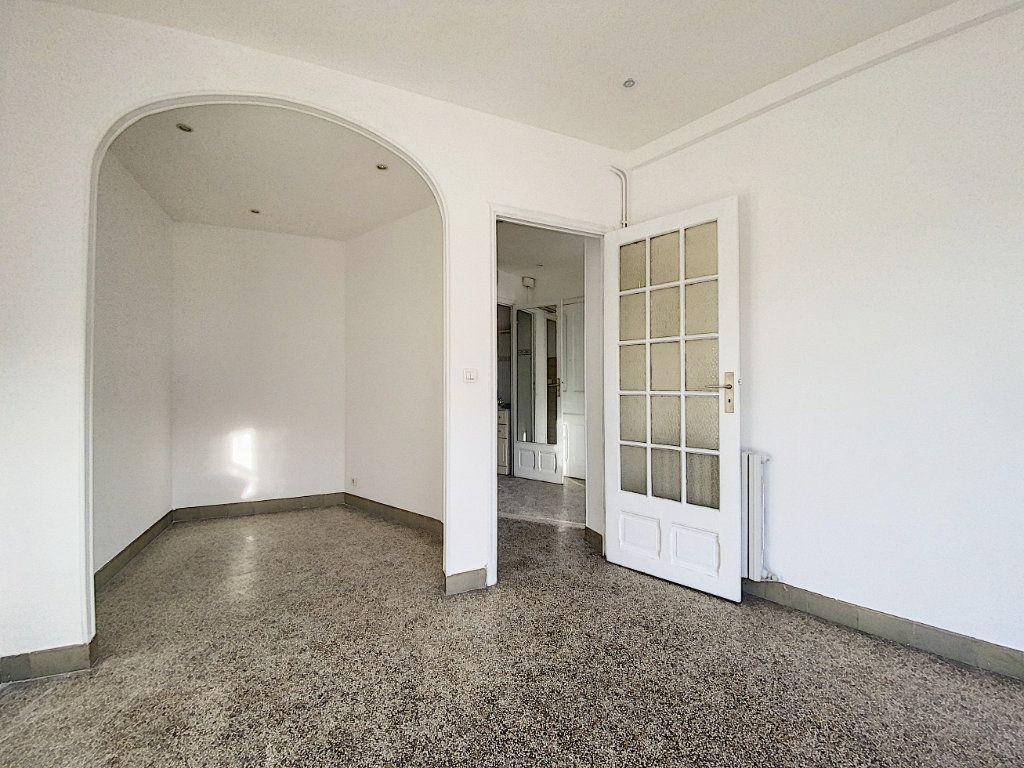 Appartement à vendre 2 44.71m2 à Cannes vignette-9